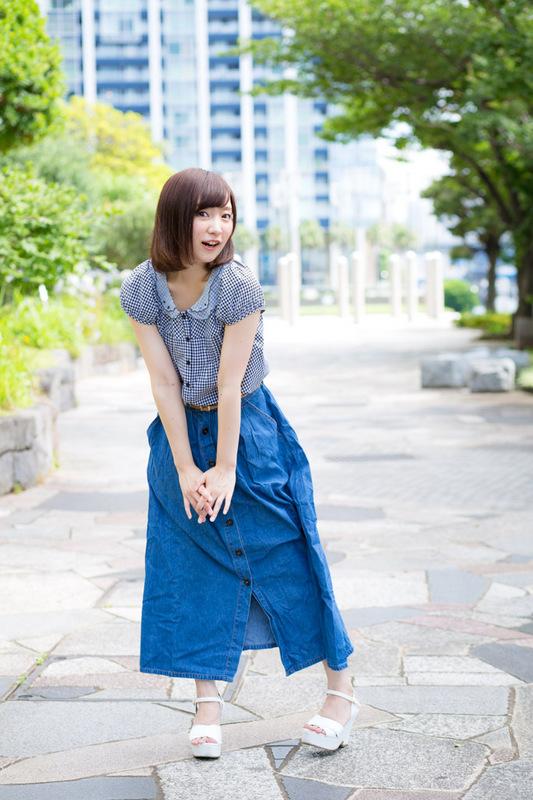 AnnaOkura-12.JPG
